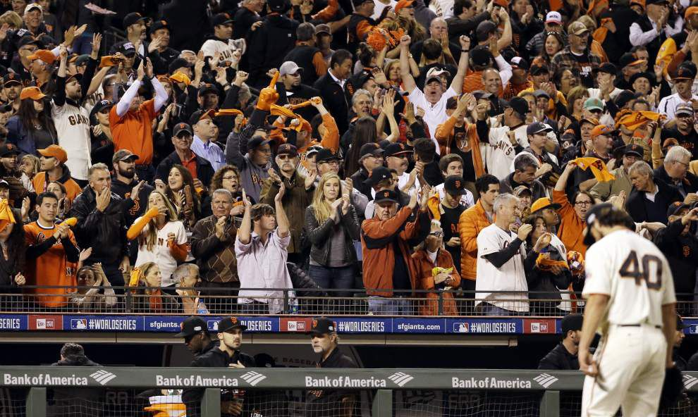 Madison Bumgarner dominates Royals again as Giants win 5-0 for 3-2 World Series lead _lowres