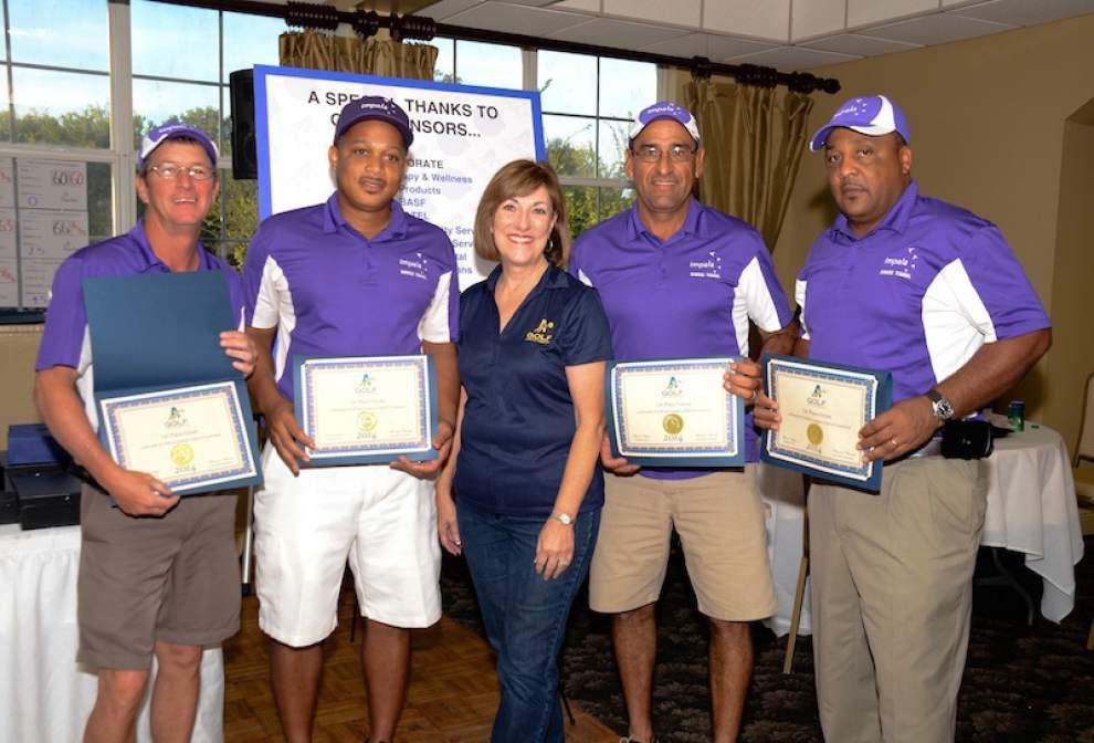 Cox team wins annual Chamber golf tourney _lowres