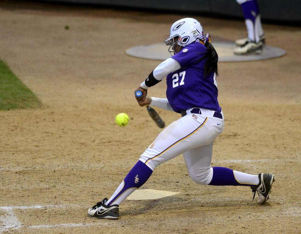 Tigers head to NCAA softball regional with hitting on the upswing _lowres