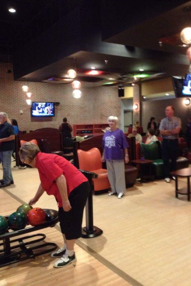 Cancer survivors, caregivers celebrate with bowling party _lowres