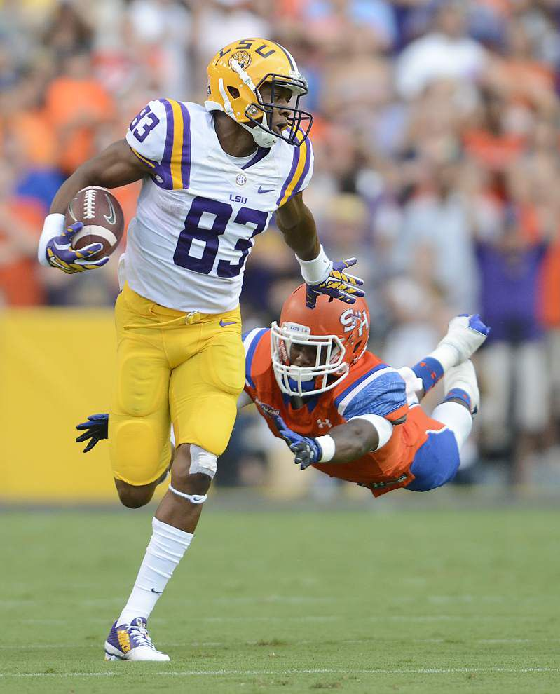 LSU's Travin Dural comes alive with three-TD game _lowres