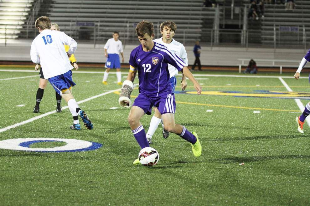 Denham Springs boys soccer getting noticed _lowres