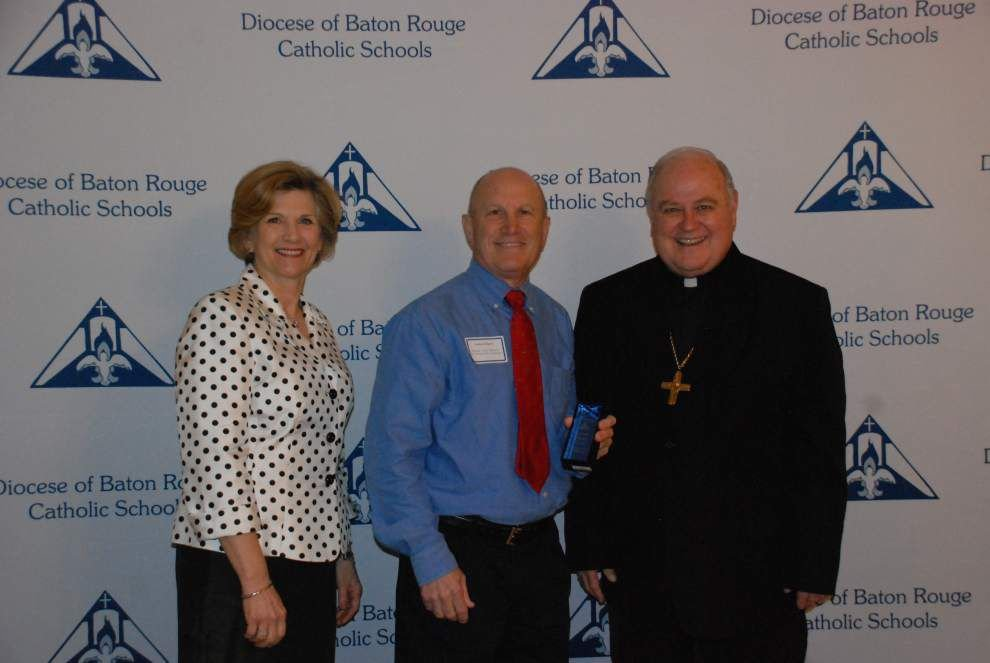 St. Michael group names recipient of Seton Award _lowres