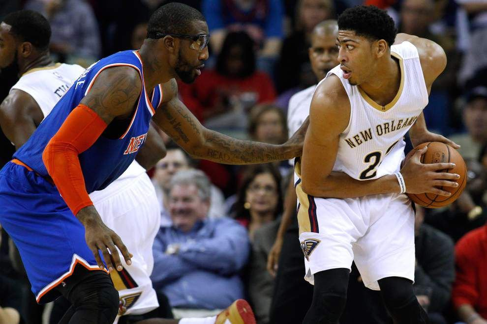 Pelicans coach Monty Williams says Anthony Davis (chest contusion) is questionable for Sunday's game against Golden State _lowres