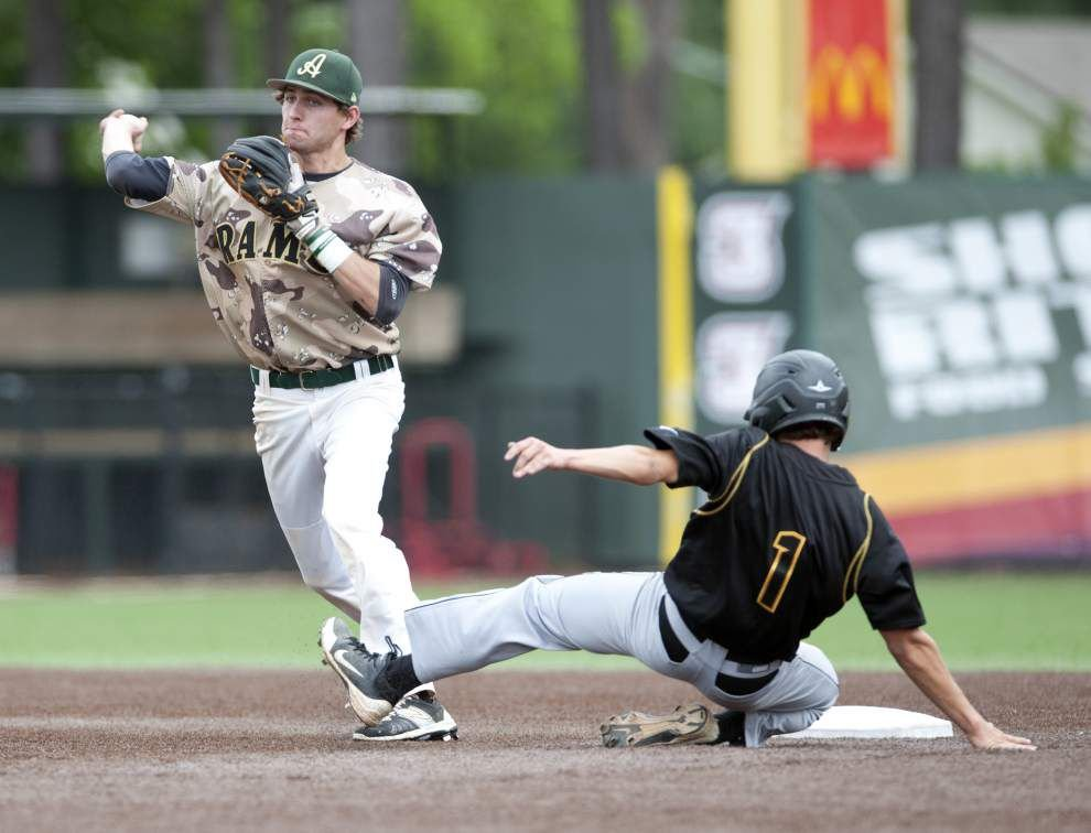 Acadiana breaks through, halts recent first-round jinx _lowres