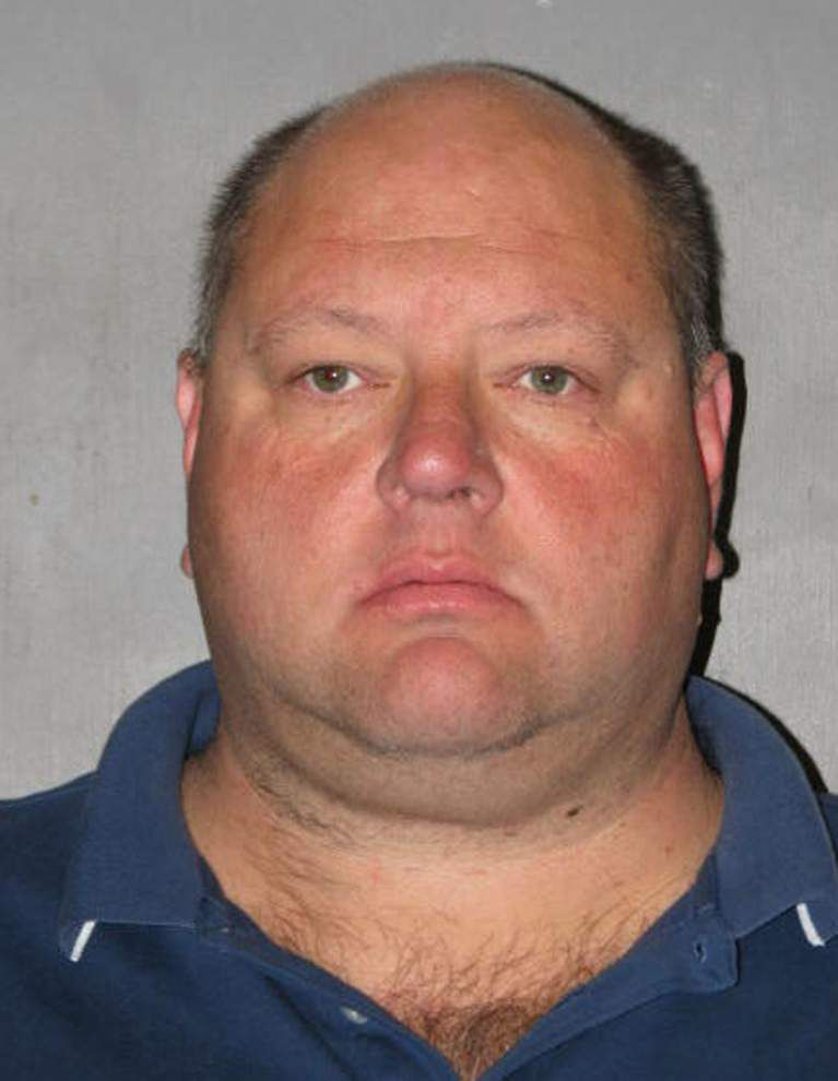 Two Harvey volunteer fire officials on trial on theft charges _lowres
