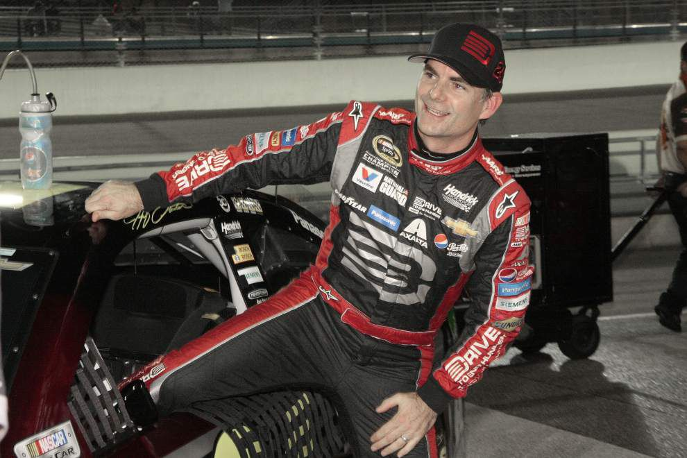 Jeff Gordon seeks to play spoiler in finale _lowres