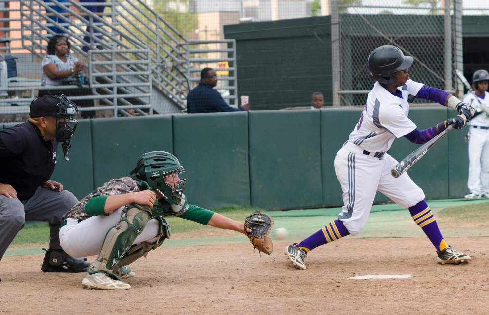Karr beats Plaquemine in eight innings _lowres