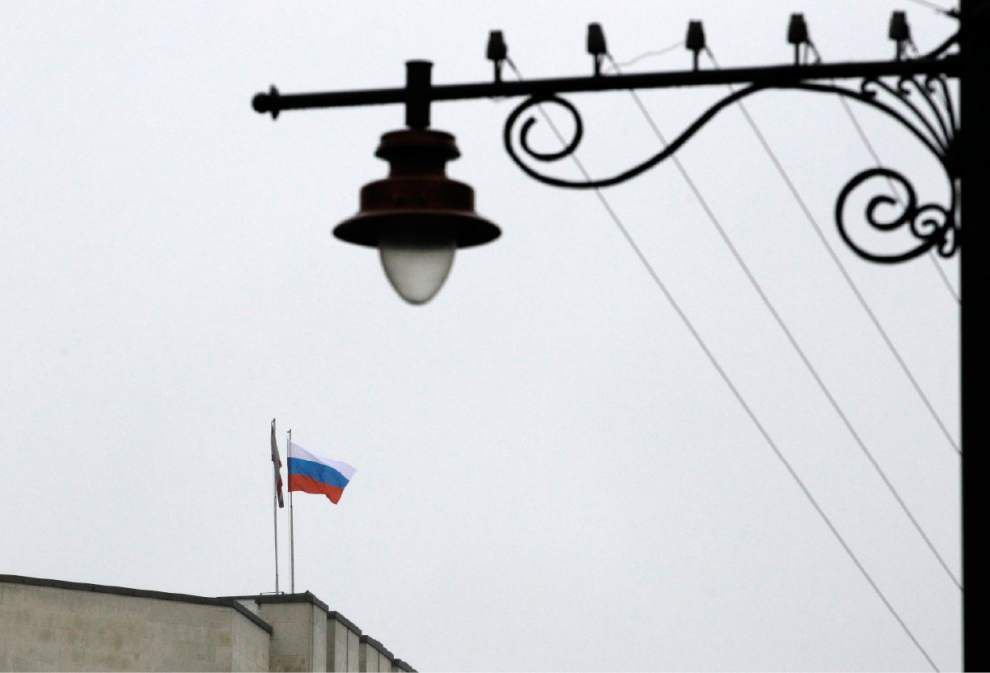 Russia reportedly sheltering Ukraine's president _lowres