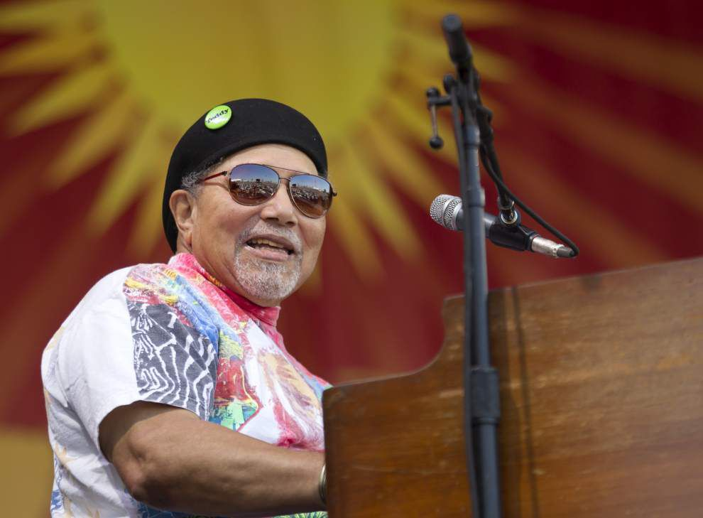 2015 Photos: Closing Sunday Jazz Fest brings beautiful sunshine, large crowds filled with energy from the musical acts _lowres