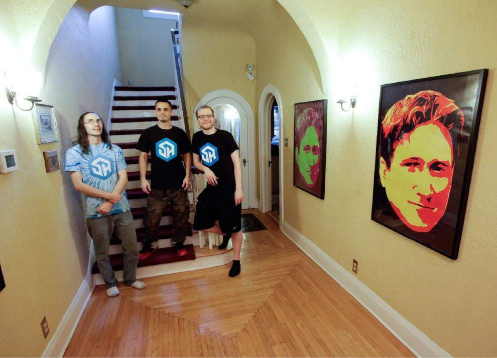 Here's how 3 Florida guys manage to play video games for a living _lowres