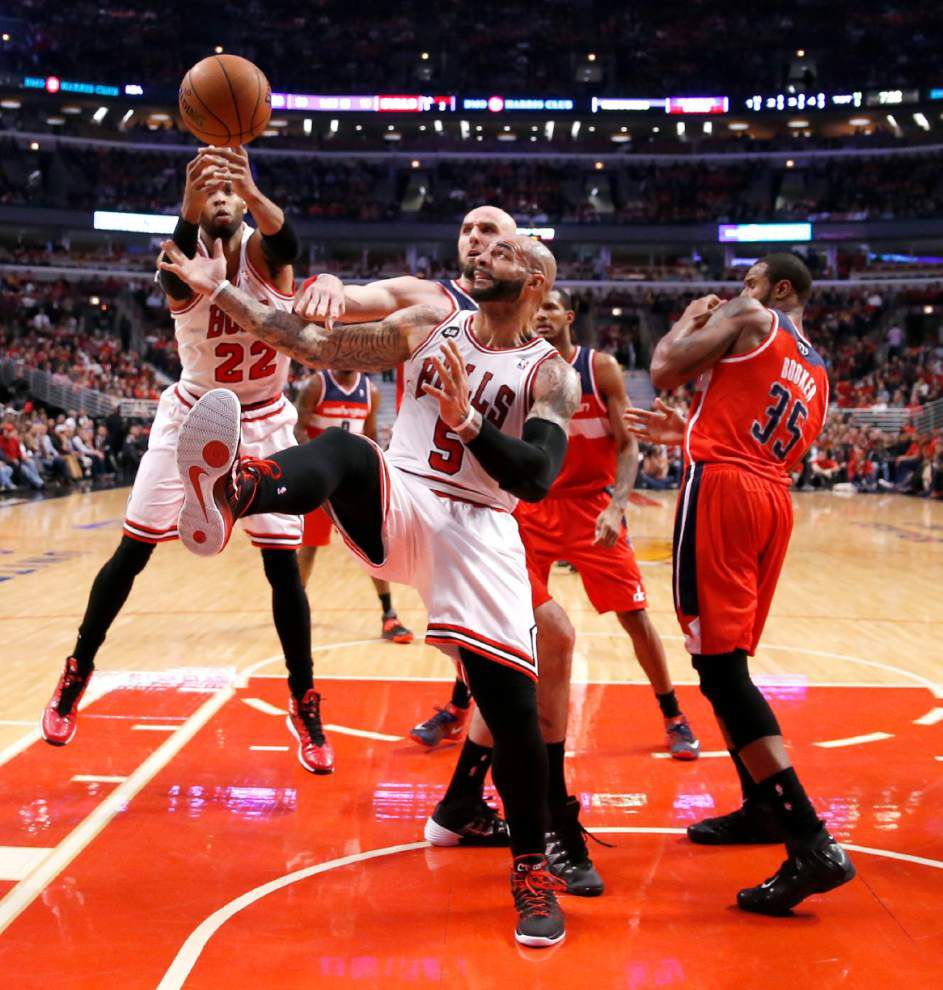 Wizards finish off Bulls in five _lowres