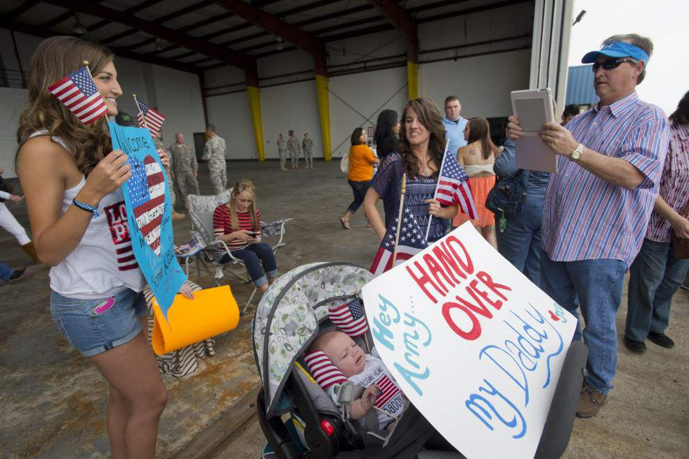 Louisiana guard gets warm welcome on return from Guantanamo _lowres