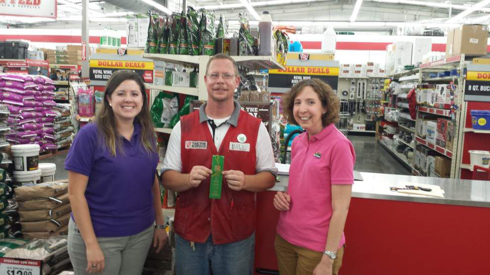Denham store aids in fundraising for 4-H programs _lowres