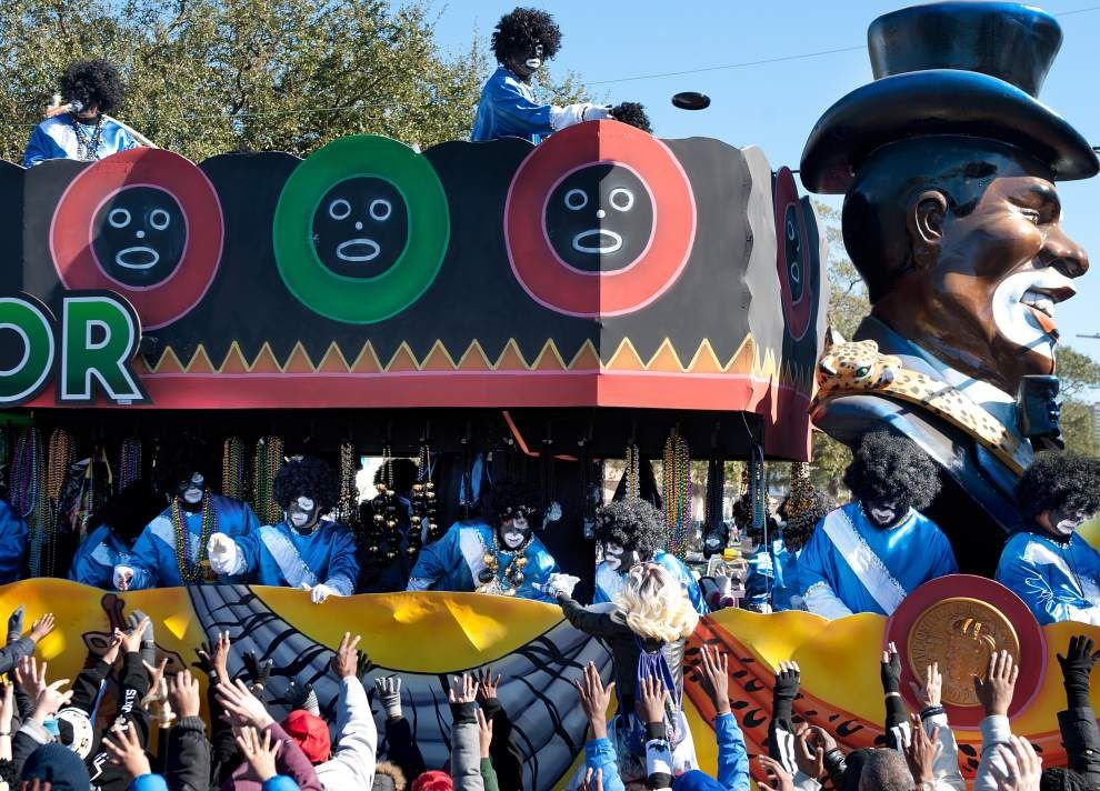 Photos: Signature floats, bands mark Zulu's 'Celebrating 100 Years of Incorporation' theme _lowres