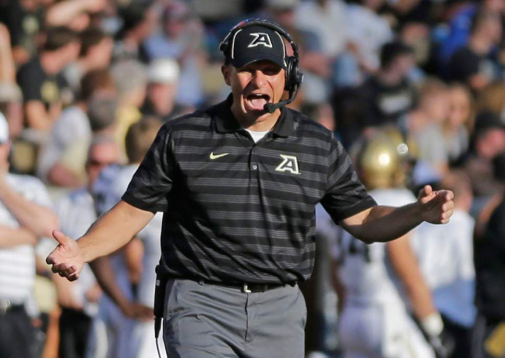 Army-Navy: Midshipmen put 12-game win streak on line _lowres