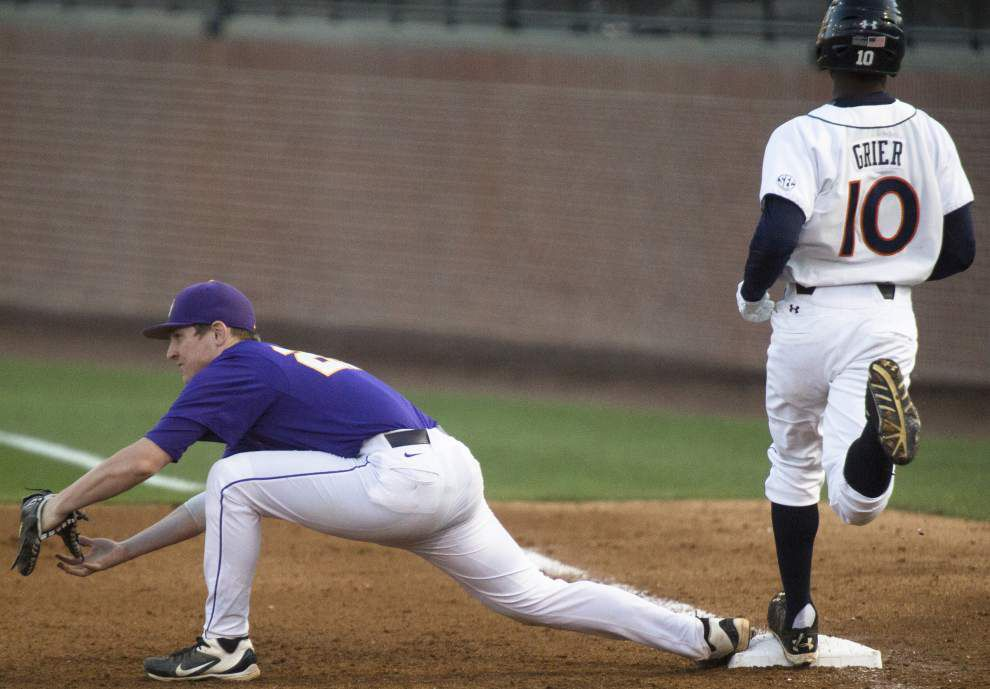 LSU baseball postgame: Tigers defeat Auburn 11-3 _lowres