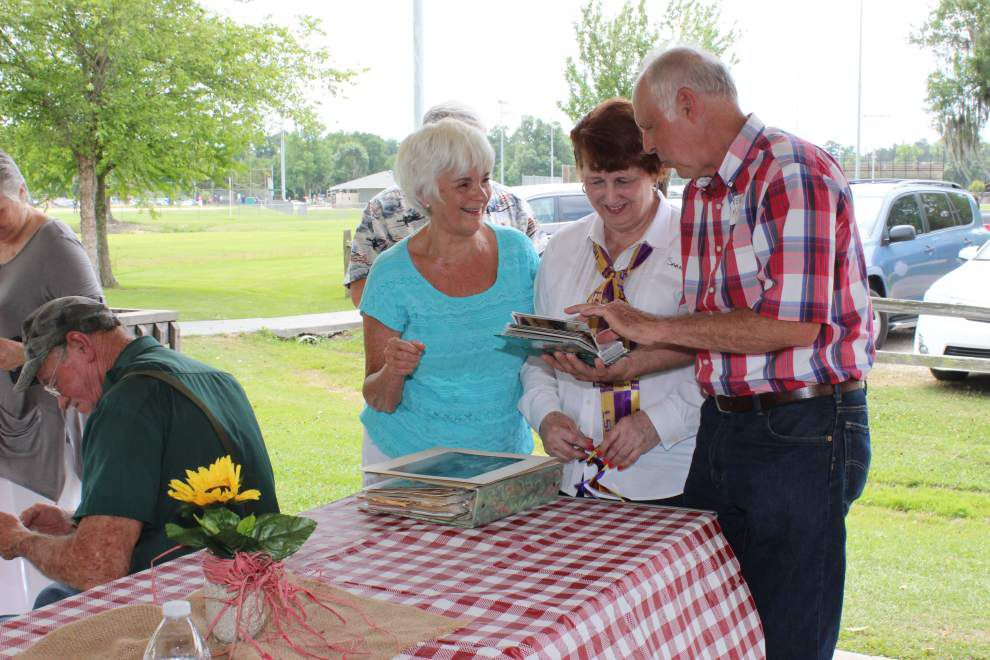 DSHS Class of '63 celebrates 70th birthdays _lowres