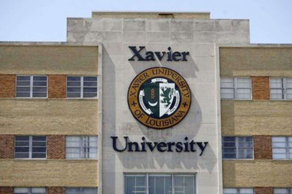 545 receive degrees at Xavier Commencement _lowres