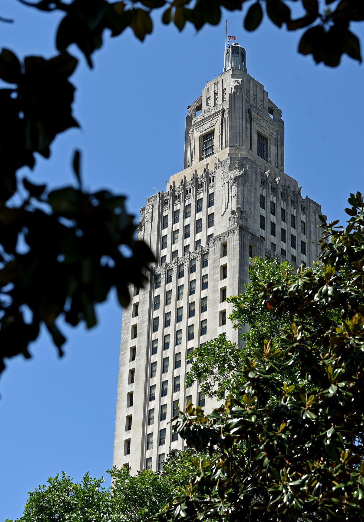 Lawsuit challenges Louisiana Bond Commission's decision to block banks over gun policies