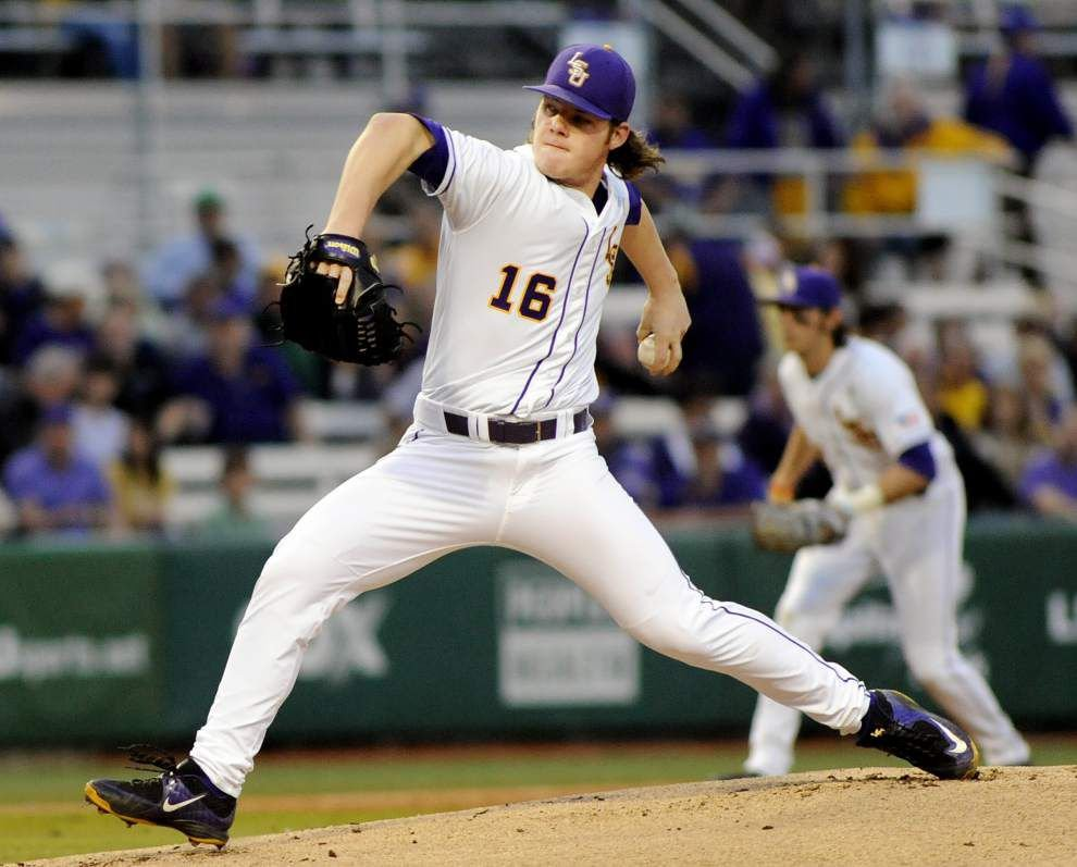 Scott Rabalais: Young LSU baseball team gets dose of confidence with first SEC win _lowres