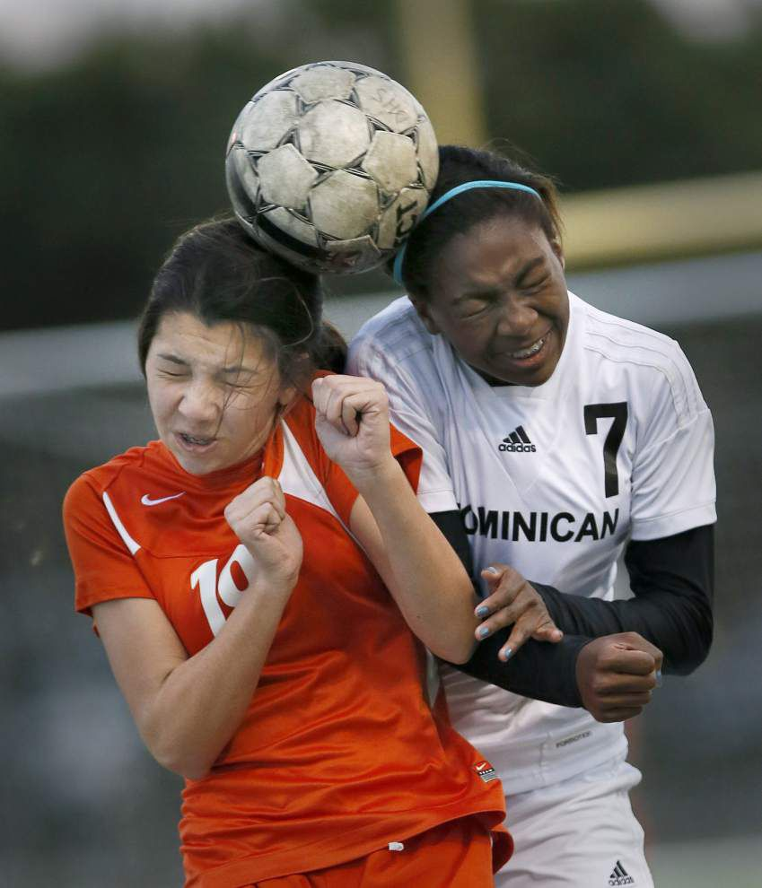 Mount Carmel clinches district title with 1-0 win over Dominican _lowres