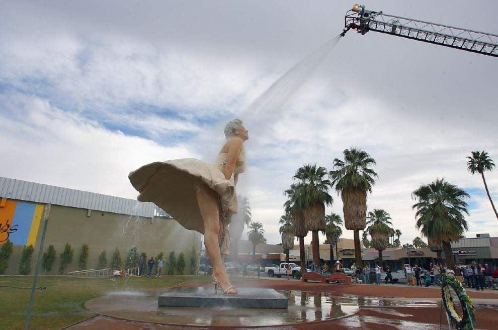 Huge Marilyn Monroe statue to leave California _lowres