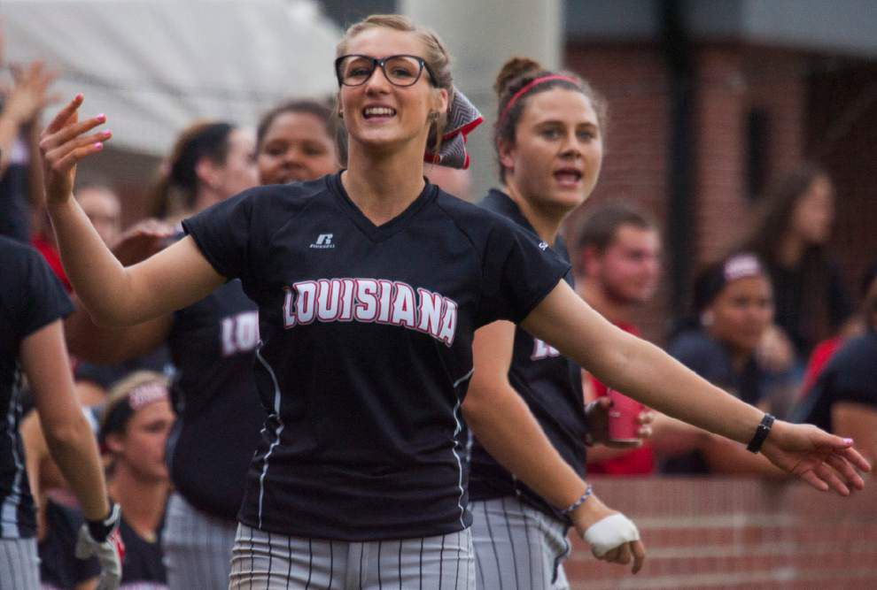 Ragin' Cajuns take pride in resurgent players Shelbi Redfearn, Christina Hamilton _lowres