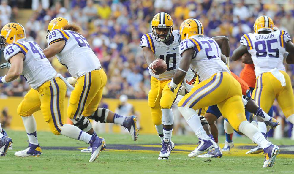 LSU climbs into the top 10 in both Associated Press and coaches polls _lowres