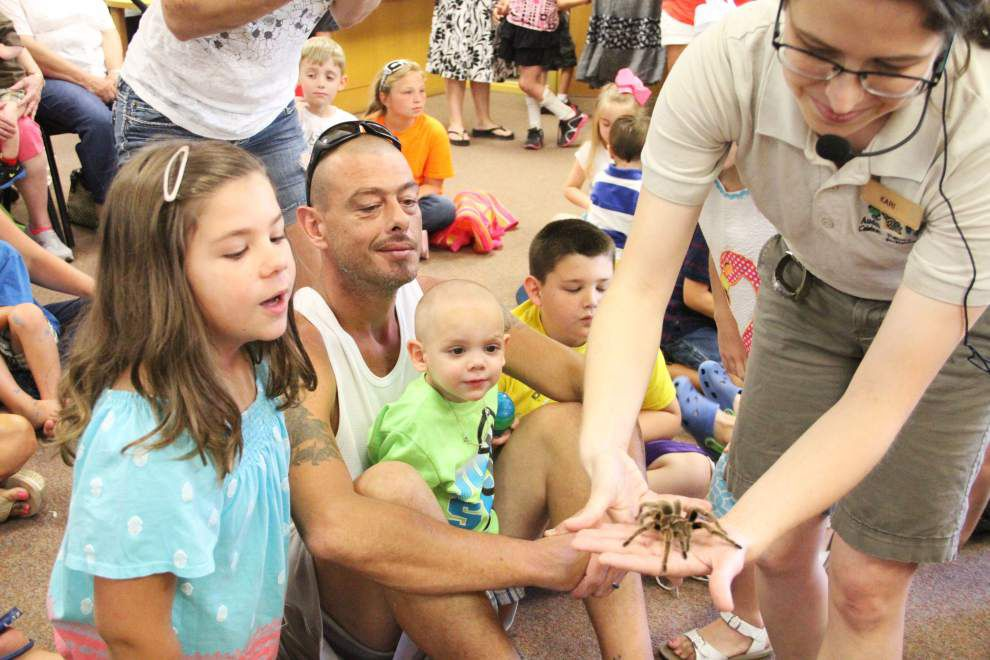 Bugmobile visits Ponchatoula Library _lowres