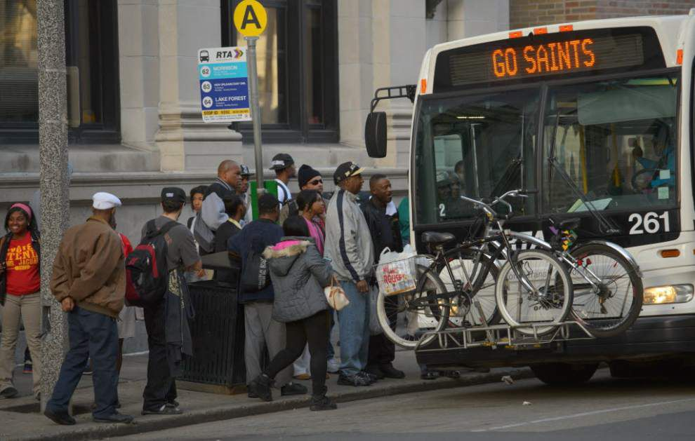 Regional Transit Authority considers dropping some routes to provide more frequent service on others _lowres