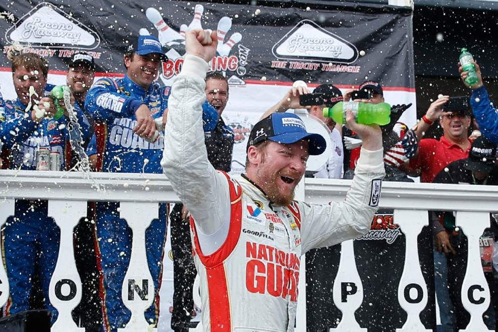 Dale Earnhart Jr. notches Pocono sweep _lowres