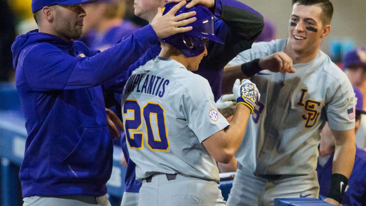Live updates: LSU baseball squanders big lead, fighting for road win vs. UNO