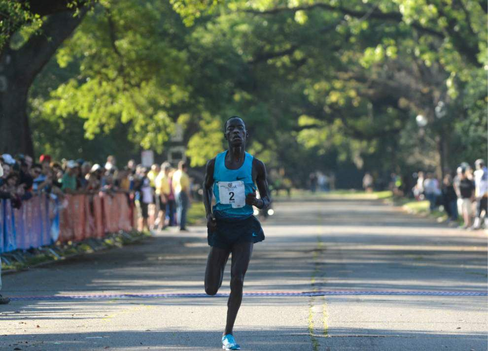Kenyan Leonard Patrick Komon wins the Crescent City Classic _lowres