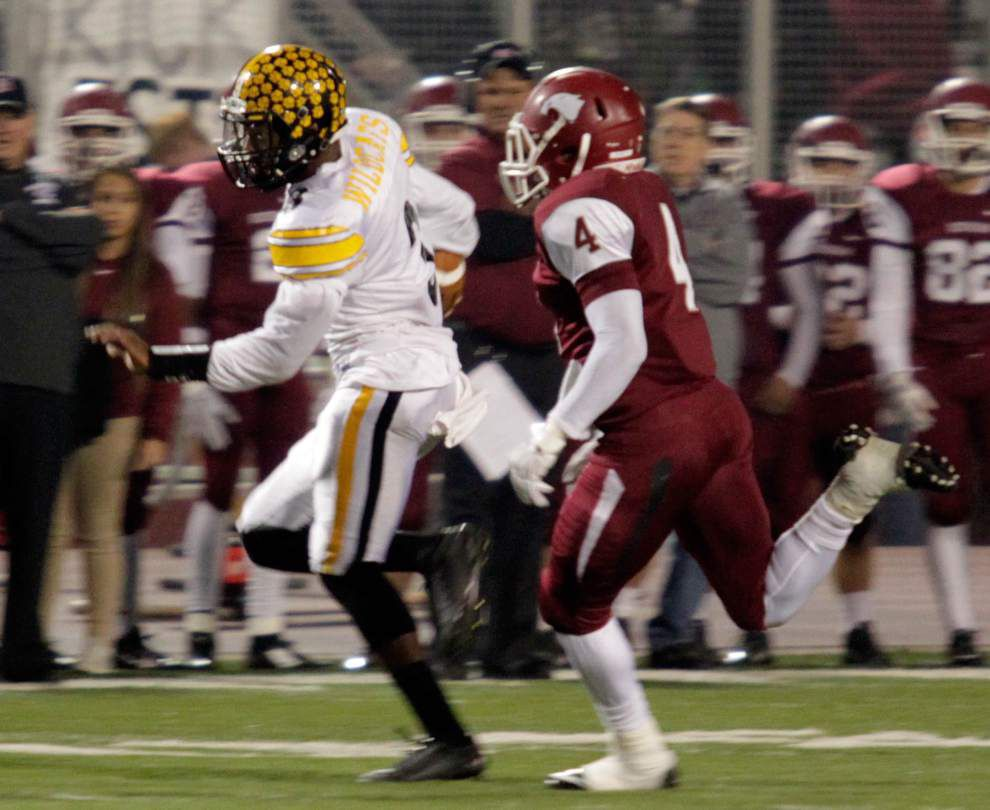 SportsNola.com live stream: Destrehan vs. East St. John, Friday at 7 p.m. _lowres
