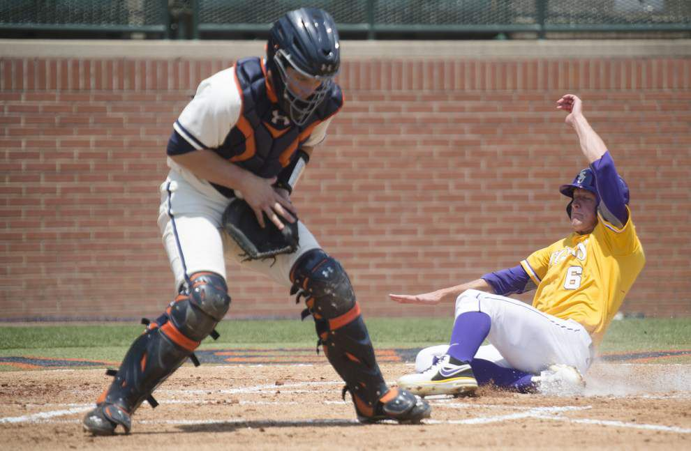 LSU sweeps Auburn, scores SEC tournament bye _lowres