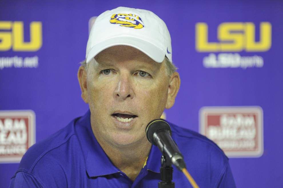 Nothing decided among LSU quarterbacks as season nears _lowres