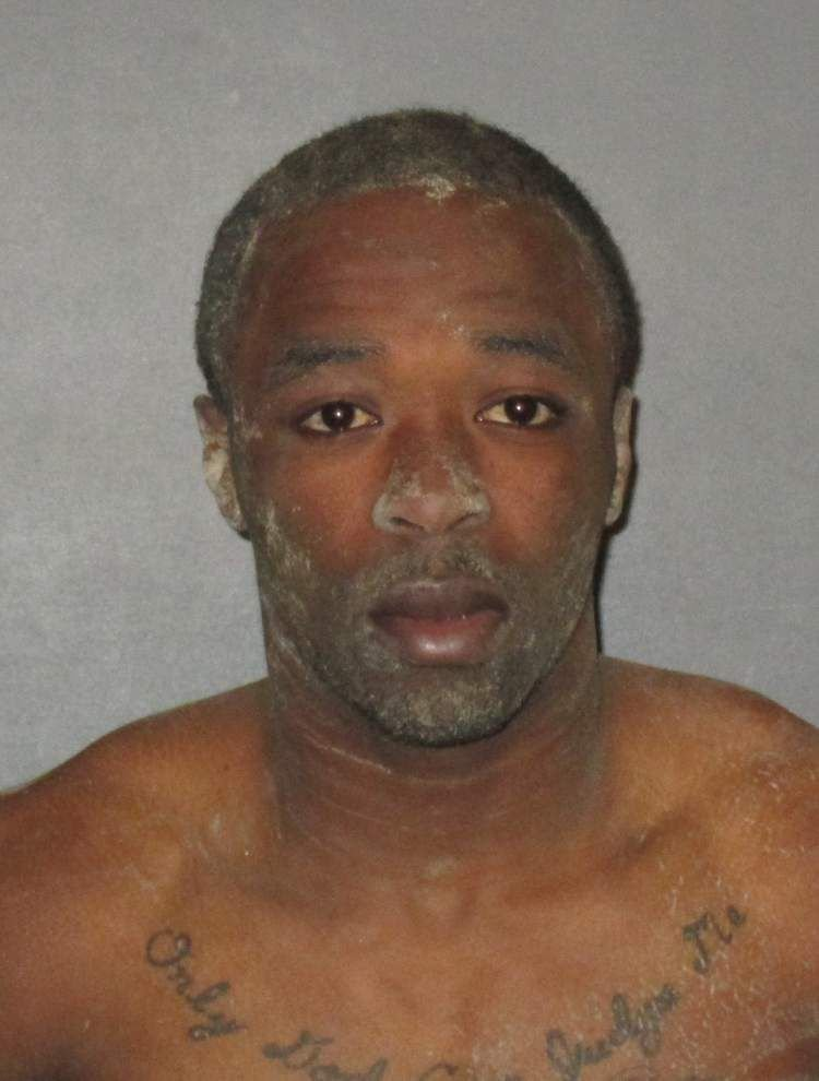 Deputies use stun gun to bring man under control, but he escapes for a short time into wooded area behind house _lowres