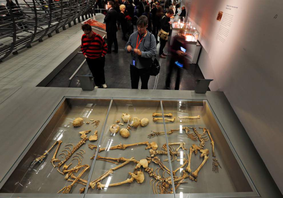 Exhibition argues Vikings more than hairy raiders _lowres