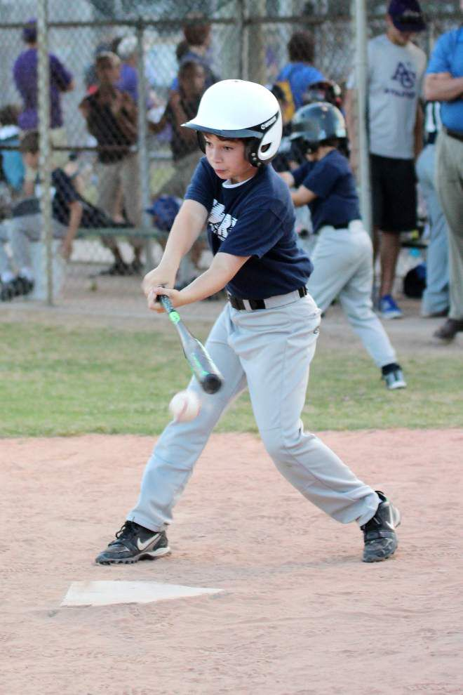 West Ascension Recreation Association: Swing is in the air _lowres