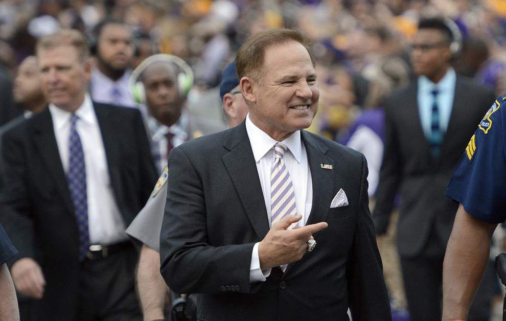 LSU to play Notre Dame in Music City Bowl on Dec. 30 _lowres