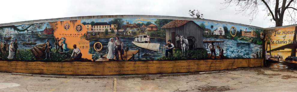 300 years of parish history depicted in 130-foot mural _lowres