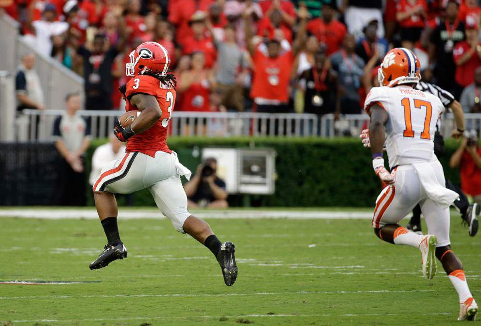 Todd Gurley sets Georgia all-purpose mark _lowres