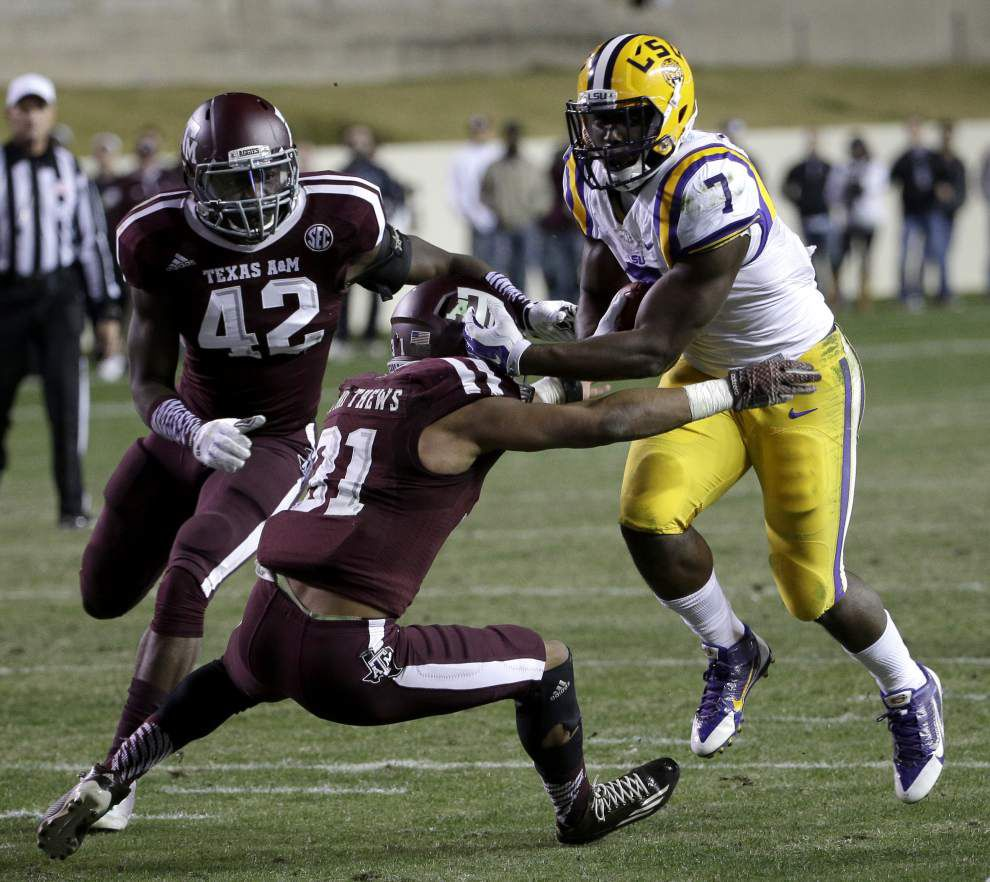 LSU's offense wakes from slumber with surprising flurry of touchdowns to win at Texas A&M _lowres