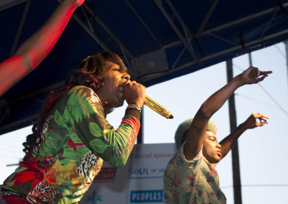 Photos: Big Freedia Twerks for record _lowres