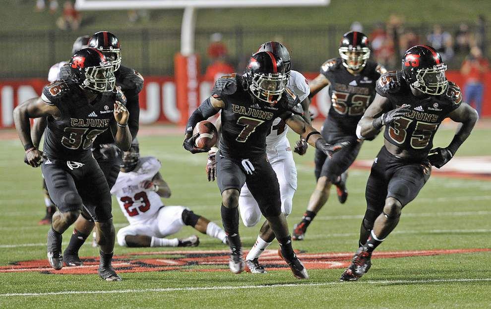 Elijah McGuire's 200-yard game carries Cajuns past Arkansas State _lowres