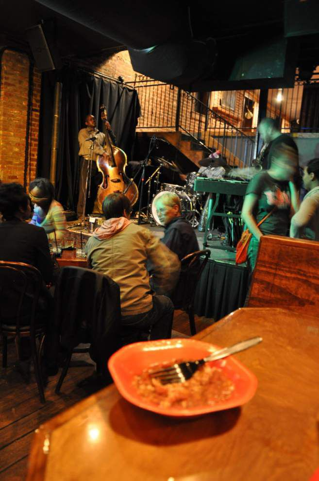 Michael Foster combines jazz, dinner for free fun at Roux House _lowres