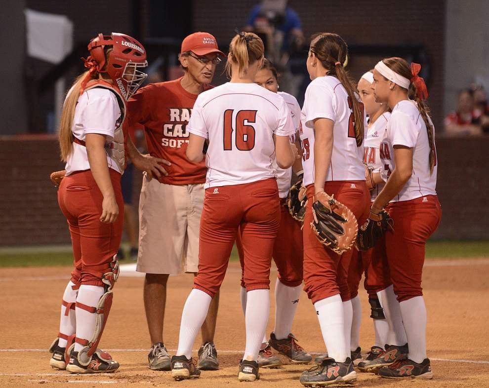 Louisiana-Lafayette softball team staying away from storylines _lowres