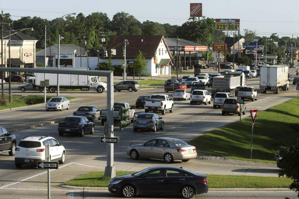 Traffic easing plans eyed for Range Ave., Pete's Highway _lowres