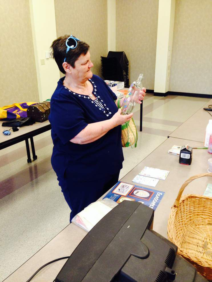 Garage sale marks Earth Day, encourages recycling _lowres